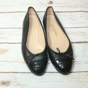 CHANEL Black Leather ballerina flats Sz 7.5